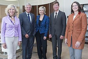 In der Mitte Intendantin Wille (MDR), links neben ihr Peter Frey (ZDF)(Foto: IHK)