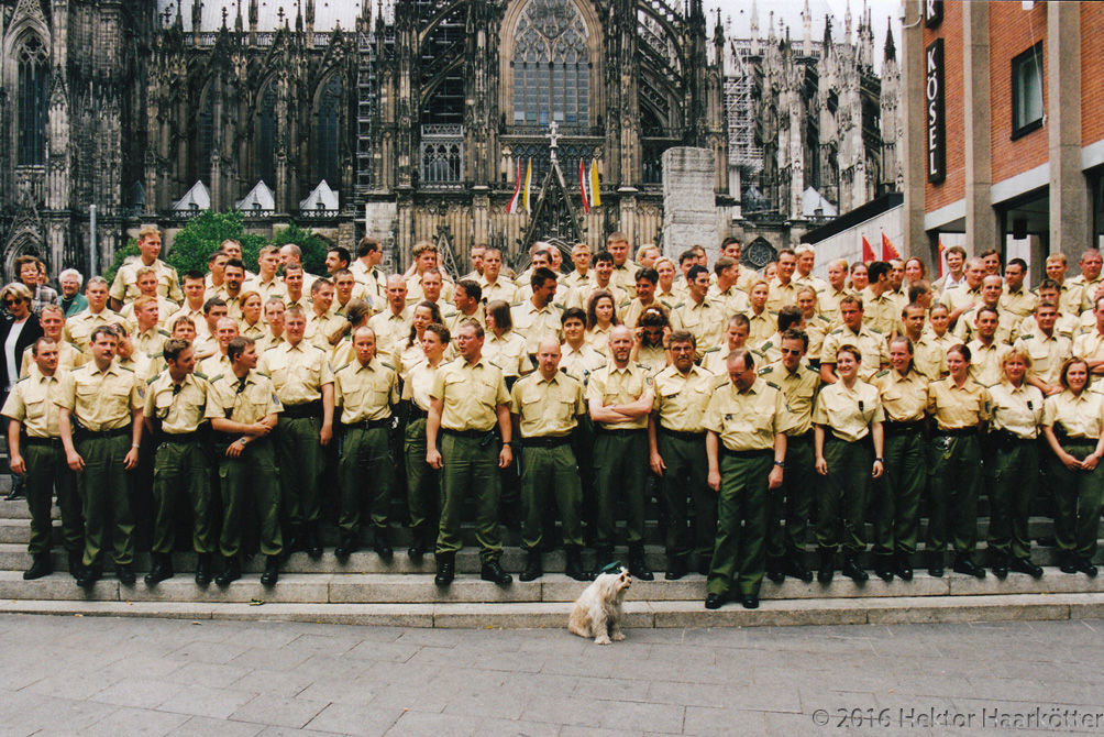 Kölner Polizei beim G8-Gipfel (Foto: Haarkötter)